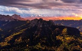Colorado, Estados Unidos, montañas, árboles, nubes, puesta de sol