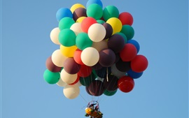 Preview wallpaper Colorful balloons flight in the sky