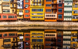 Preview wallpaper Girona, Spain, houses, river, water reflection