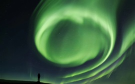 Preview wallpaper Green northern lights, people, silhouette, night