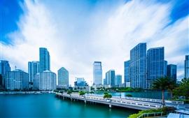 Майами, Флорида, США, небоскребы, река, деревья, голубое небо