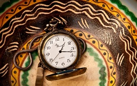 Preview wallpaper Pocket watch, plate
