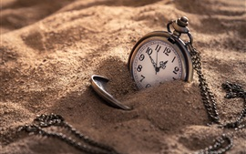 Preview wallpaper Pocket watch, sands