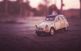 Preview wallpaper Retro toy car