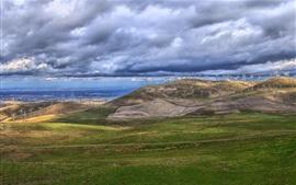 Генератор ветряной мельницы, горы, облака, море