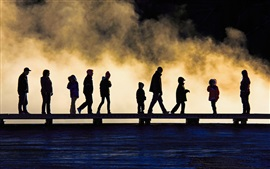 Национальный парк Йеллоустоун, озеро, силуэт, мост, люди, туман, США