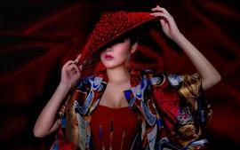 Азиатская девушка, шляпа, показ мод