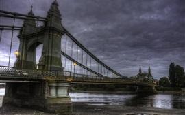 Ponte, rio, nuvens, anoitecer