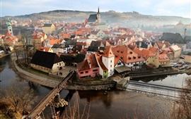 República tcheca, cidade, casas, rio, ponte, nevoeiro, manhã
