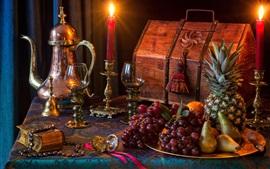 Виноград, груша, ананас, натюрморт, лампа, чашки, свечи