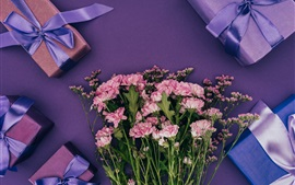 Preview wallpaper Holiday, gifts, flowers