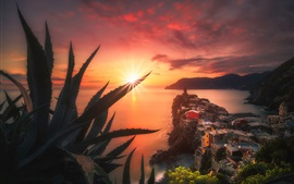 Preview wallpaper Italy, sea, coast, houses, plants, sunset