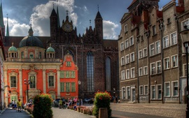 Preview wallpaper Poland, Gdansk, city, street, people