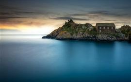 Полперро, Корнуолл, Англия, море, скалы, дом, сумерки