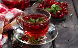 Red tea, berries