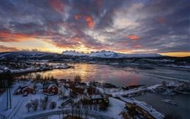 Vista superior, invierno, nieve, montañas, bahía, puesta de sol, Noruega