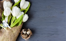 Preview wallpaper White tulips, eggs