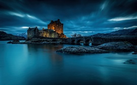 Preview wallpaper Eilean Donan Castle, Scotland, night, lake