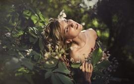 Девушка, природа, растения