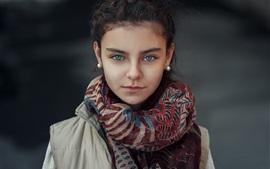 Aperçu fond d'écran Fille, écharpe, manteau