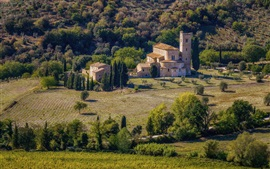 Preview wallpaper Italy, Tuscany, houses, trees, fields, hill