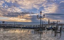 Itália, veneza, barcos gôndola, lanterna, rio, anoitecer