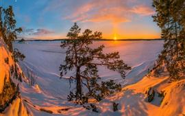 Aperçu fond d'écran Lac Ladoga, Russie, neige, hiver, arbres, coucher de soleil