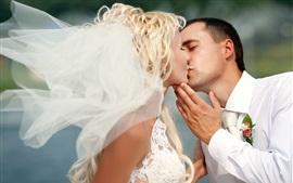 Beso de amor, boda, novia, hombre