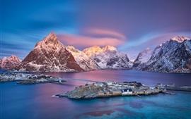 壁紙のプレビュー ノルウェー、ロフォーテン諸島、村、海、山、雪、夕暮れ