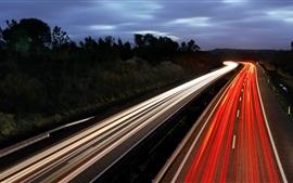 Estrada, noite, linhas de luz