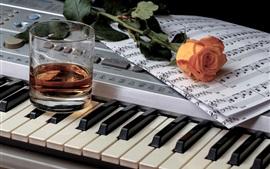 Vinho, piano, partitura musical, rosa