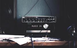 Preview wallpaper Audio amplifier, desk