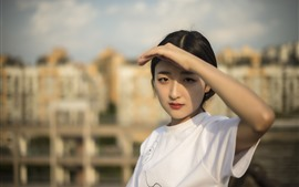 Preview wallpaper Beautiful Chinese girl, hand, sunshine