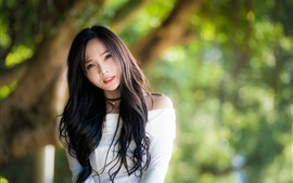Beautiful Chinese girl, look, blurry background