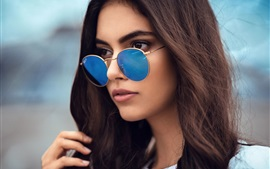Preview wallpaper Brown hair girl, blue sunglasses