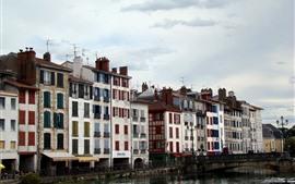 Francia, Bayona, río, puente, casas, ventanas