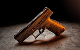 Preview wallpaper Gun, weapon, table