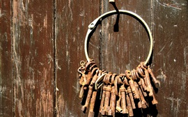 Preview wallpaper Many rusty keys