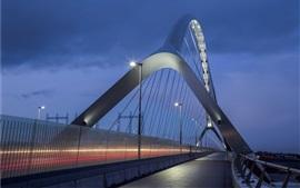 Nijmegen, Países Bajos, puente, iluminación, noche
