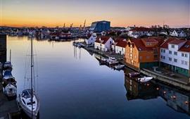 Aperçu fond d'écran Norvège, Rogaland, Haugesund, ville, maisons, rivière, bateaux