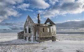 Aperçu fond d'écran Vieille maison, neige, hiver