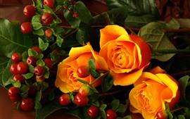 Preview wallpaper Orange roses and berries