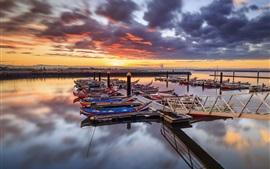 Portugal, barcos, muelle, río, nubes, puesta de sol