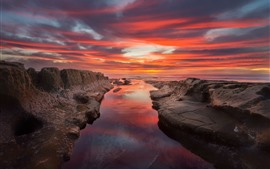 Preview wallpaper San Diego, beautiful sunset, sea, red sky, clouds