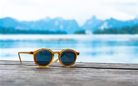 Preview wallpaper Sunglasses, sea, summer