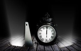 Preview wallpaper Alarm clock, saws, darkness