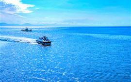 Austrália, lindo mar azul, barco