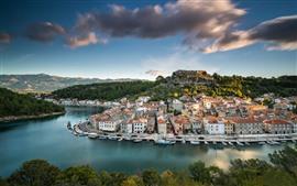 Aperçu fond d'écran Croatie, Novigrad, ville, rivière, pont, maisons