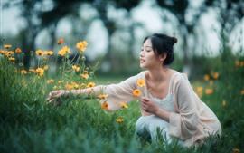 Menina, colheita, flores