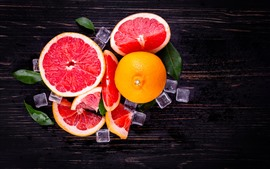 Preview wallpaper Grapefruit, red, ice cubes, fruit